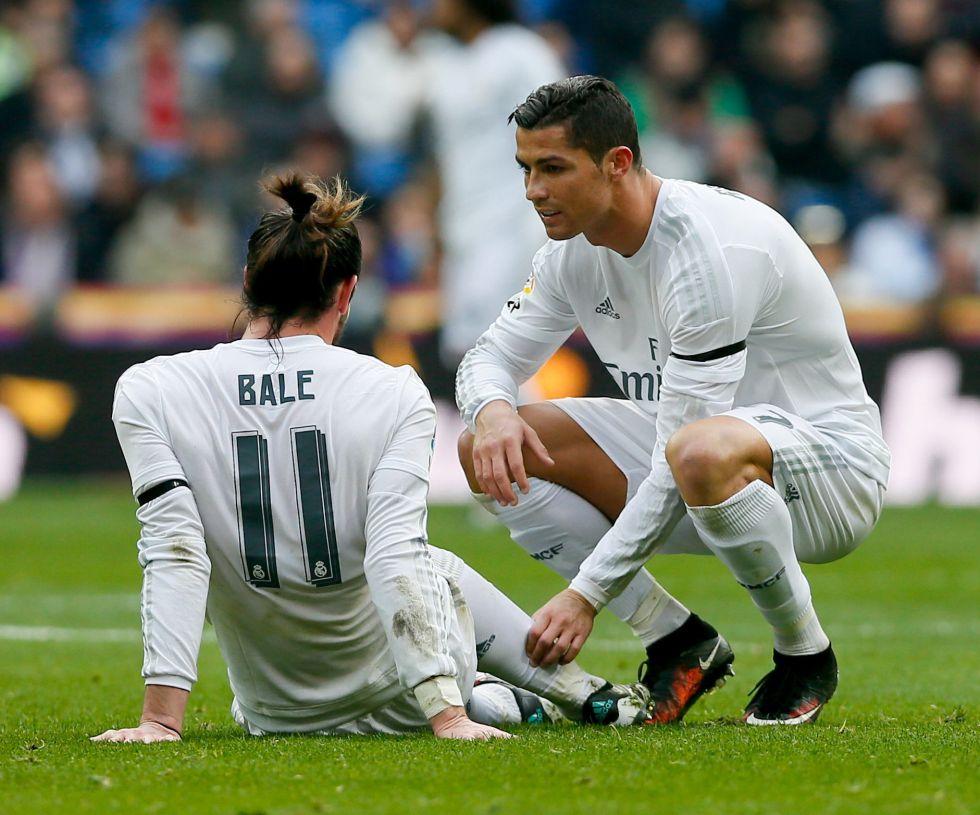 Cristiano consuela a Bale, que espera que ser retirado tras sufrir su última lesión