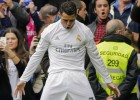 Cristiano celebra el 1-0 ante el Atlhletic junto a Benzema.