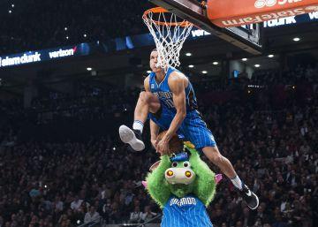 Westbrook, Gasol y un aluvión de puntos adornan el adiós de Kobe Bryant