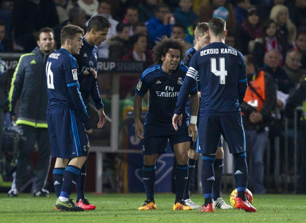 Marcelo, durante el partido ante el Granada.