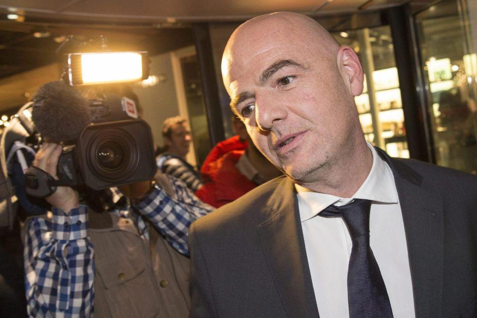 Gianni Infantino en Zúrich es uno de los candidatos a ser presidente de la FIFA