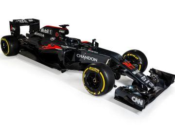 Fernando Alonso y el nuevo McLaren dan signos de recuperación