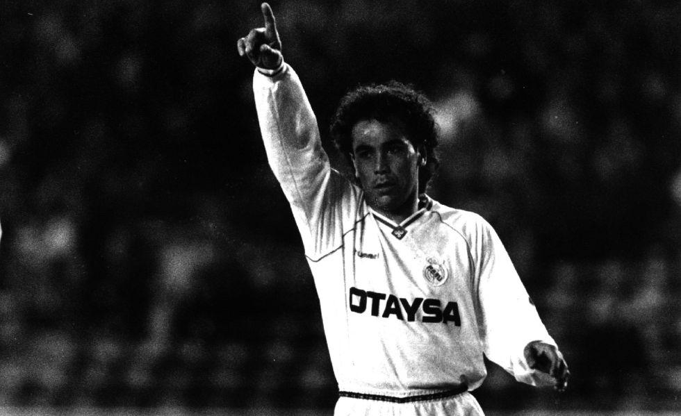 Hugo Sánchez, durante un partido del Madrid en 1993.