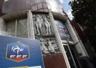 Registran la federación francesa en busca de papeles de Blatter