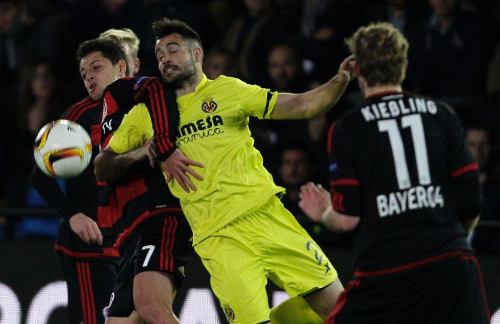 Chicharito no pudo marcar ante el Villarreal.
