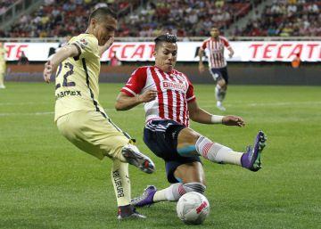 América derrota a Chivas en el clásico del fútbol mexicano