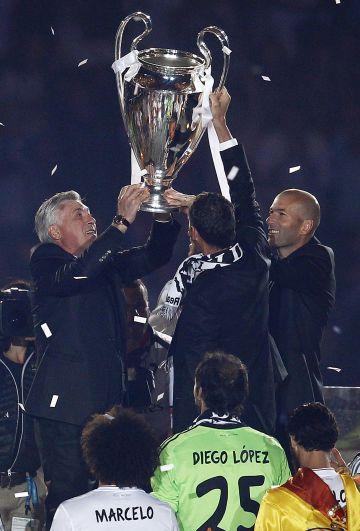 Ancelotti y Zidane, con la Décima en 2014