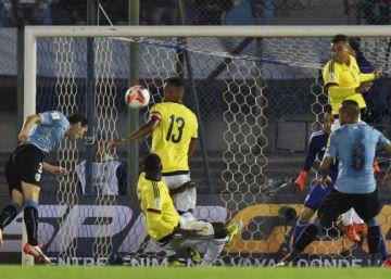 La solidez de Uruguay tumba a una Colombia sin ideas