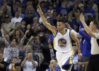 Curry acerca a los Warriors al récord de los Bulls de Jordan