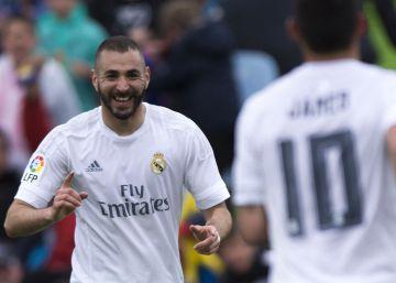 Benzema mantiene la llama del Madrid en Liga con un recital