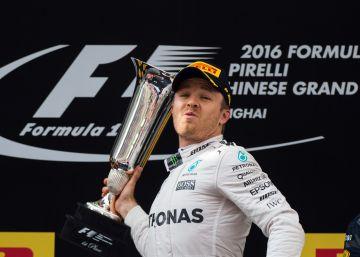 Rosberg gana su sexta carrera seguida y Sainz puntúa en China