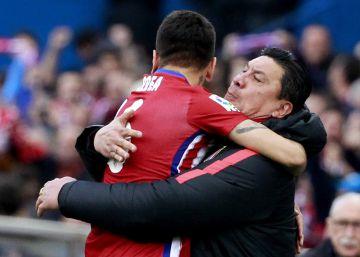 El corazón y el fútbol de Correa derrotan al Málaga