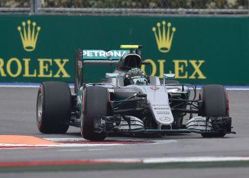 Rosberg logra la pole y Hamilton saldrá décimo