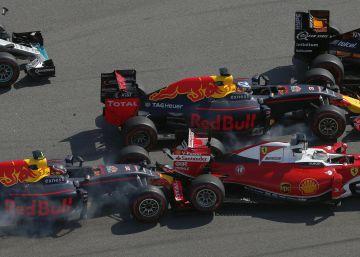 Rosberg suma y sigue y Vettel acaba arrollado