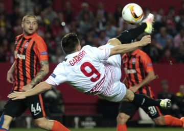 El Sevilla minimiza al Shakhtar (3-1)
