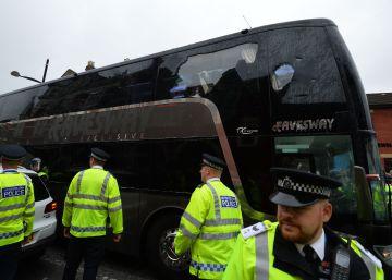 Atacado el autobús del Manchester United antes de jugar con el West Ham