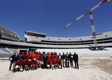 El Ayuntamiento no garantiza que el Atlético se traslade a la Peineta en 2017