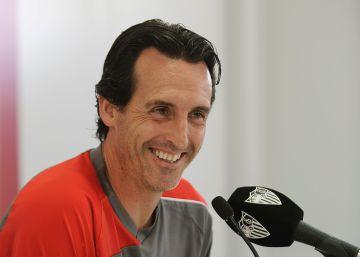 """Emery: """"Tenemos que correr a la espalda del Barcelona"""""""