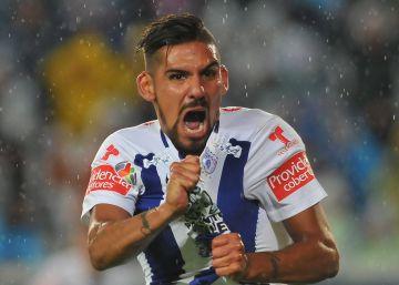 Franco Jara festeja su gol contra Monterrey.