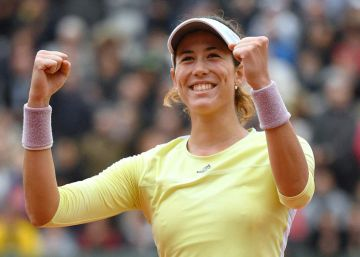 Muguruza desborda a Stosur y alcanza la final de Roland Garros