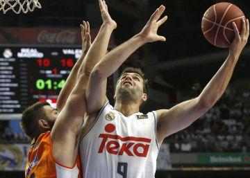 Llull y Ayón colocan al Madrid a un paso de la final