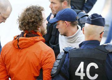Dos turistas españoles heridos por hinchas rusos en Colonia