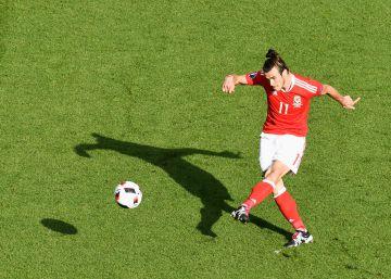 A Bale le alcanza con saber centrar
