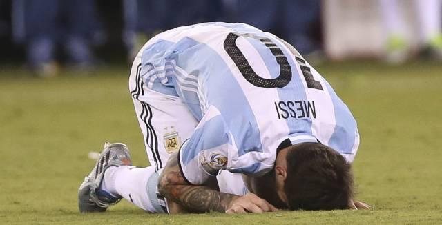 Messi lamenta la derrota.