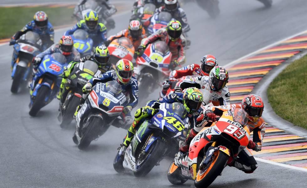 Márquez se impone en Sachsenring con velocidad y una buena estrategia