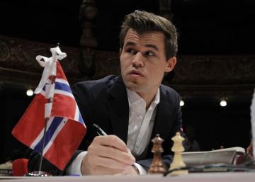 """Carlsen quiere ganar siempre, """"a lo que sea"""""""