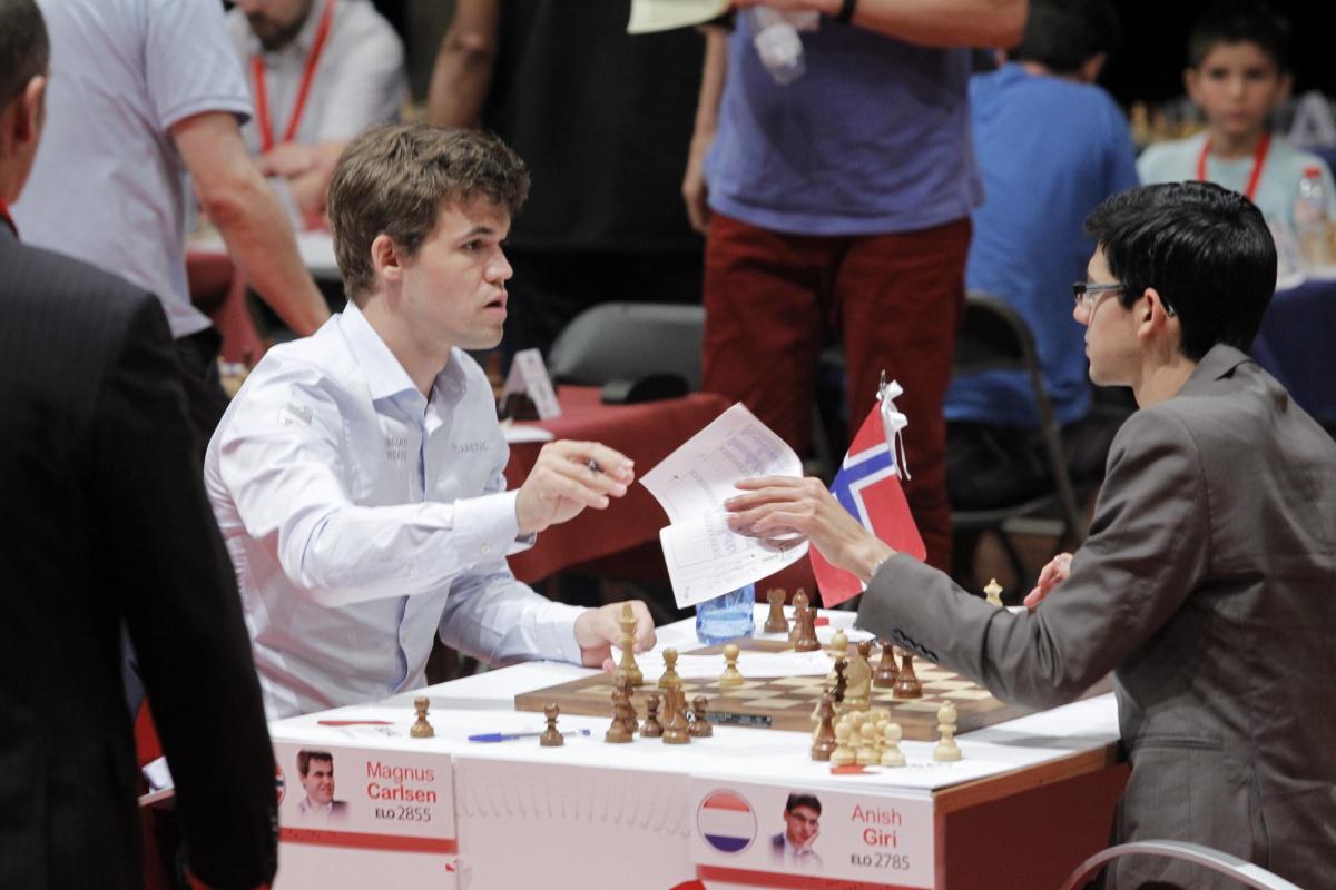Doble gloria para Carlsen