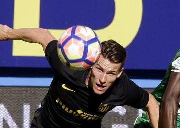 Godín salva al Atlético