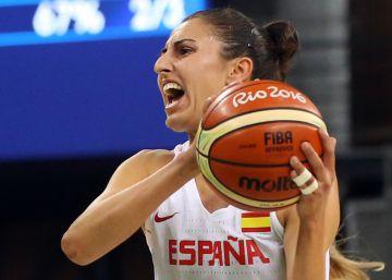 España gana a Canadá y pasa a cuartos como segunda de grupo