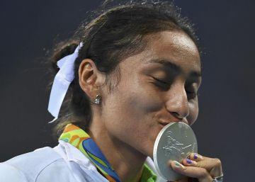 Lupita González, la primera mexicana en ganar una plata en marcha