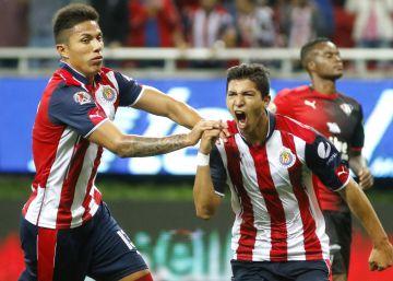 Las Chivas rescatan un punto contra Atlas