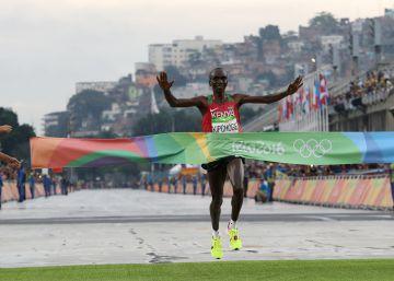Kipchoge se consagra como el mejor maratoniano