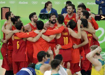 Último hurra de España con la mano de Pau Gasol y la manita de Claver