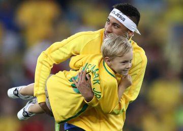 Neymar conquista Brasil; Messi gobierna la Liga