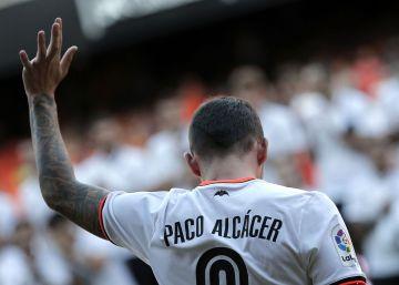 """El Valencia avisa: """"Si Alcácer quiere irse que lo diga públicamente"""""""