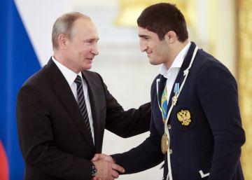 Putin regala un BMW a cada medallista ruso en Río