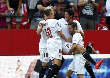 El Sevilla remonta a Las Palmas en dos minutos