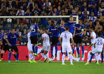 El Leicester se presenta con goleada