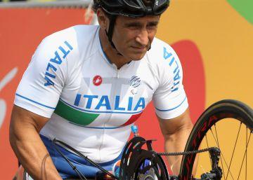 Alex Zanardi, el piloto de Fórmula 1 que perdió las piernas y triunfa en Río