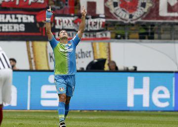 Chicharito y Marco Fabián anotan en la Bundesliga