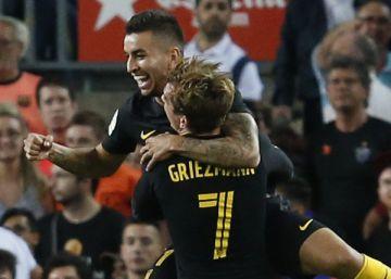 Correa mantiene al Atlético en la pelea