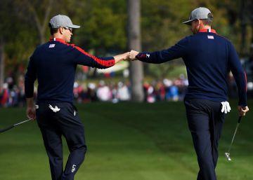 La química de EE UU arrasa de salida a Europa en la Ryder Cup