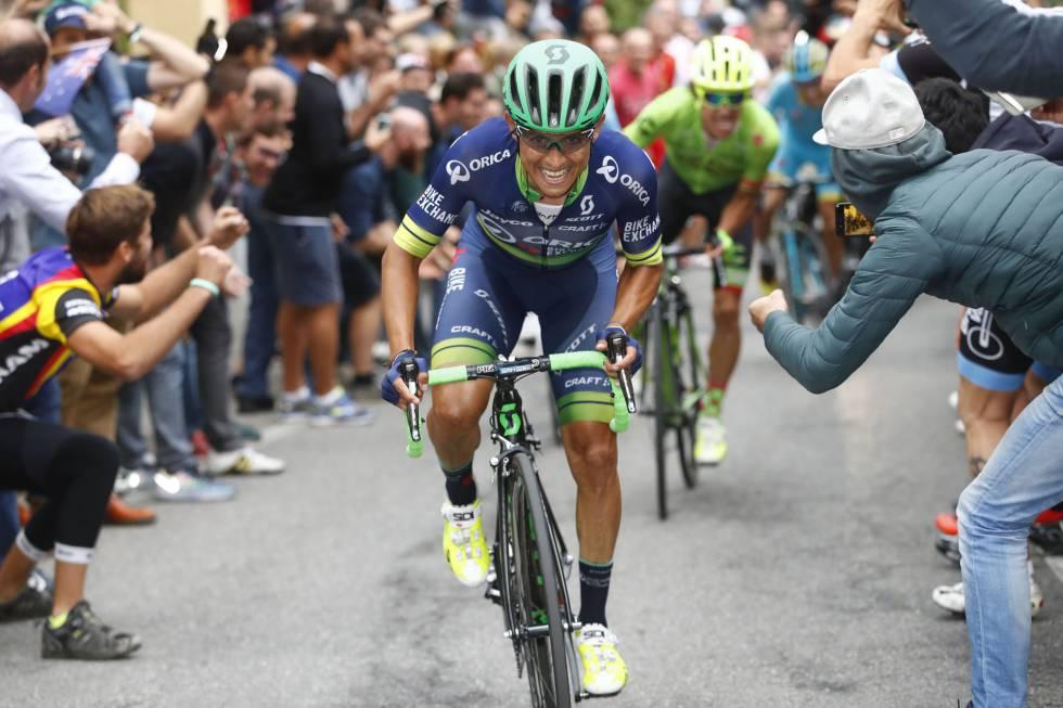 El colombiano Esteban Chaves consigue una victoria de prestigio