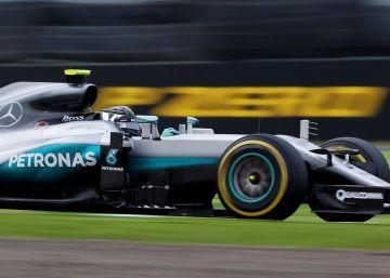 Los Mercedes copan la primera línea en Suzuka