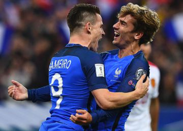 Griezmann y Gameiro revolucionan Francia