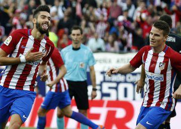 El Atlético vapulea al Granada de la mano de Carrasco